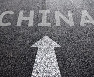 Road sign to China: 10 reasons to study in China